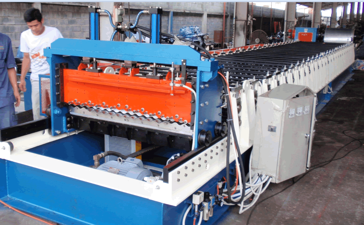 Corrugated sheet roll forming machine c