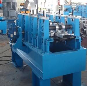 Box beam making machine