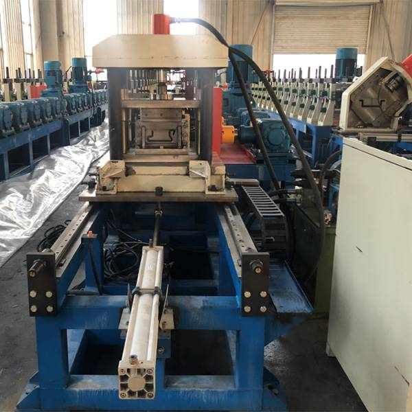 factory low price Keel Roll Forming Machine - Australian specification standards shipping living container house frame making machine – Zhongtuo detail pictures
