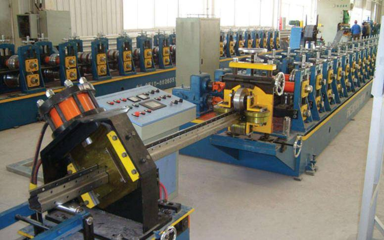 butterfly holes upright machine3